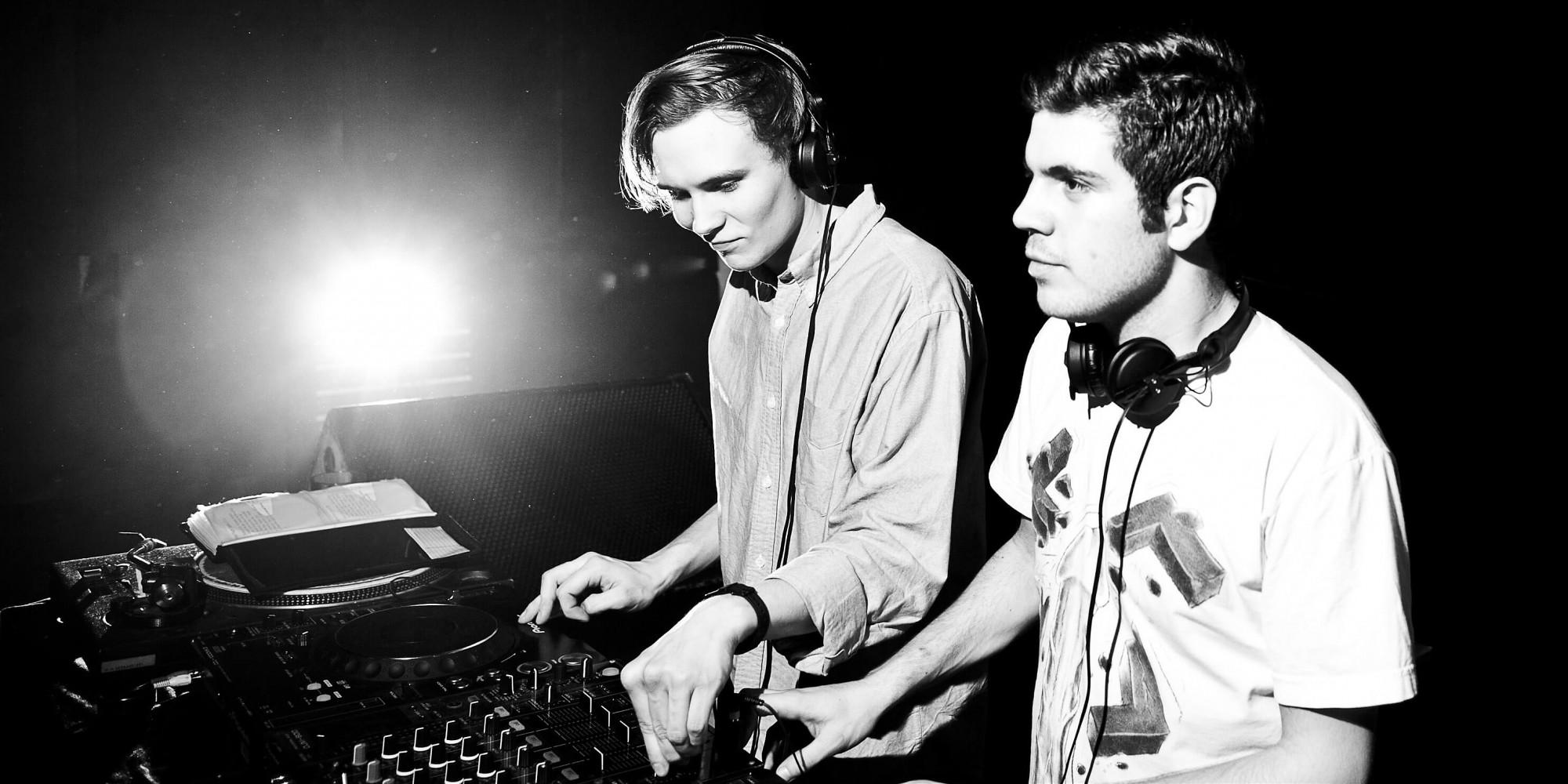 Mixed Frequency - David Sousa & Mads Schmidt